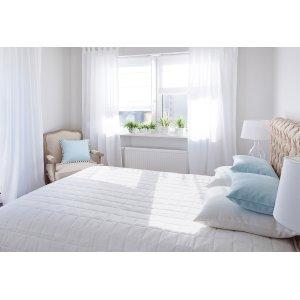 Bedroom Romantica