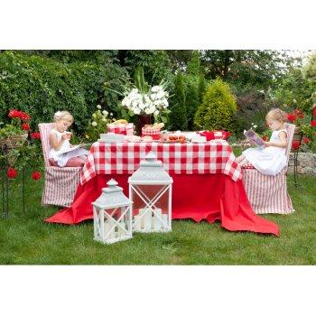 Zahrada v červené