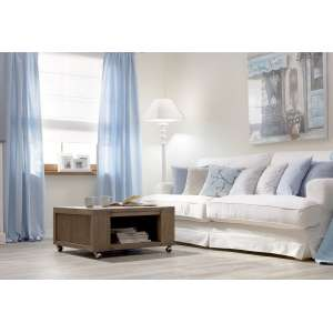 Wohnzimmer in Pastellblau