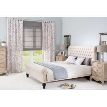 Bedroom in Neutral Colours