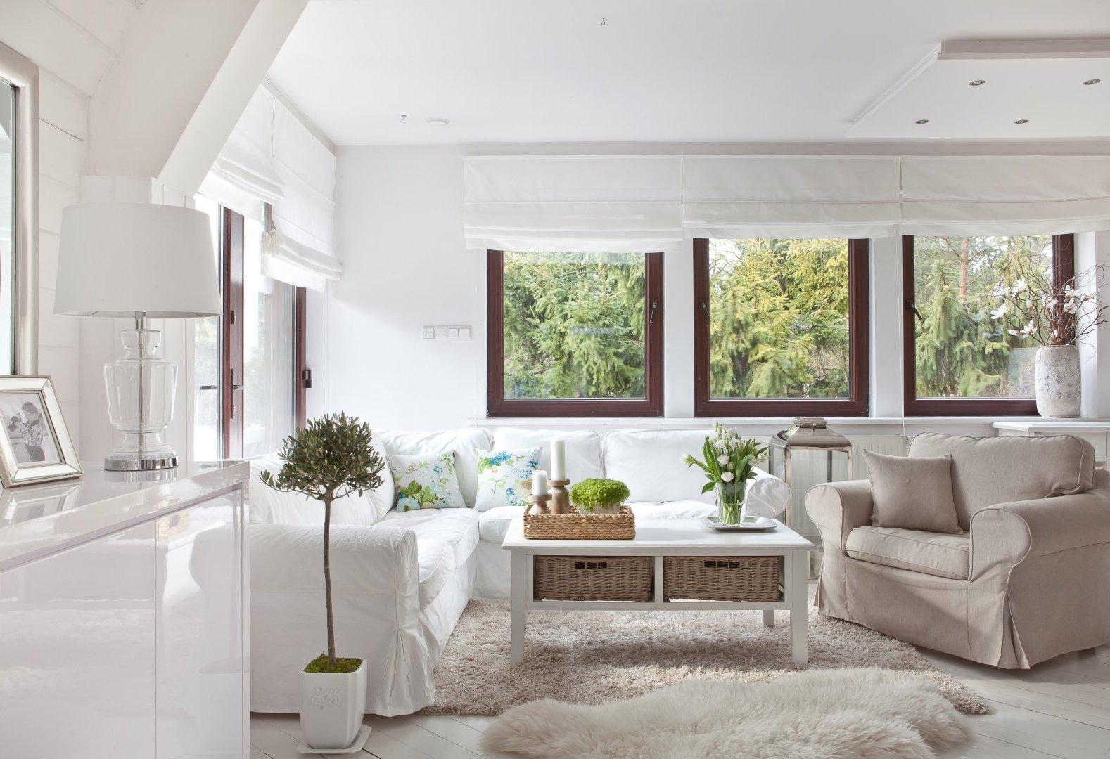 Obývačka v svetlých odtieňoch