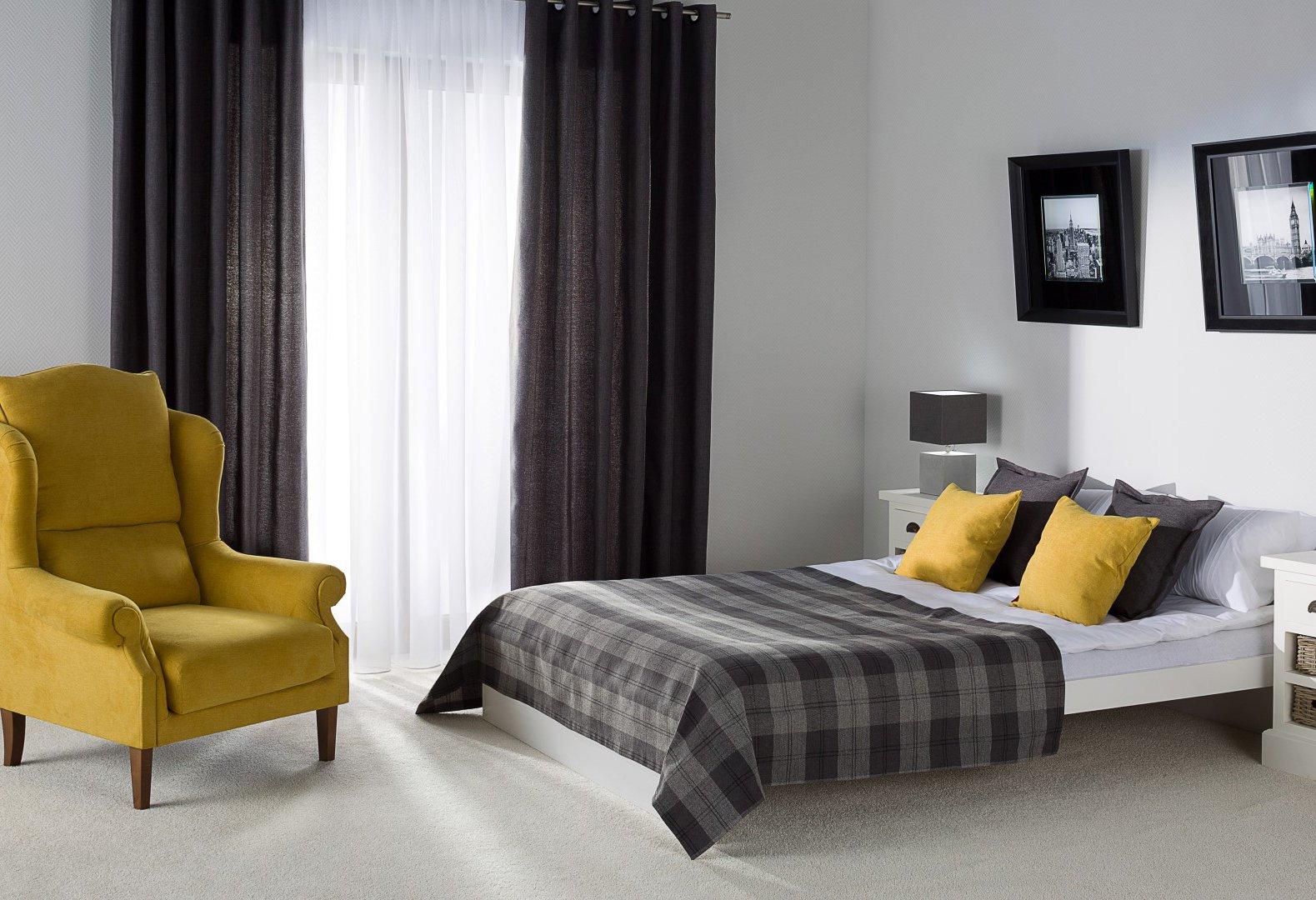 Sypialnia - hotelowy minimalizm