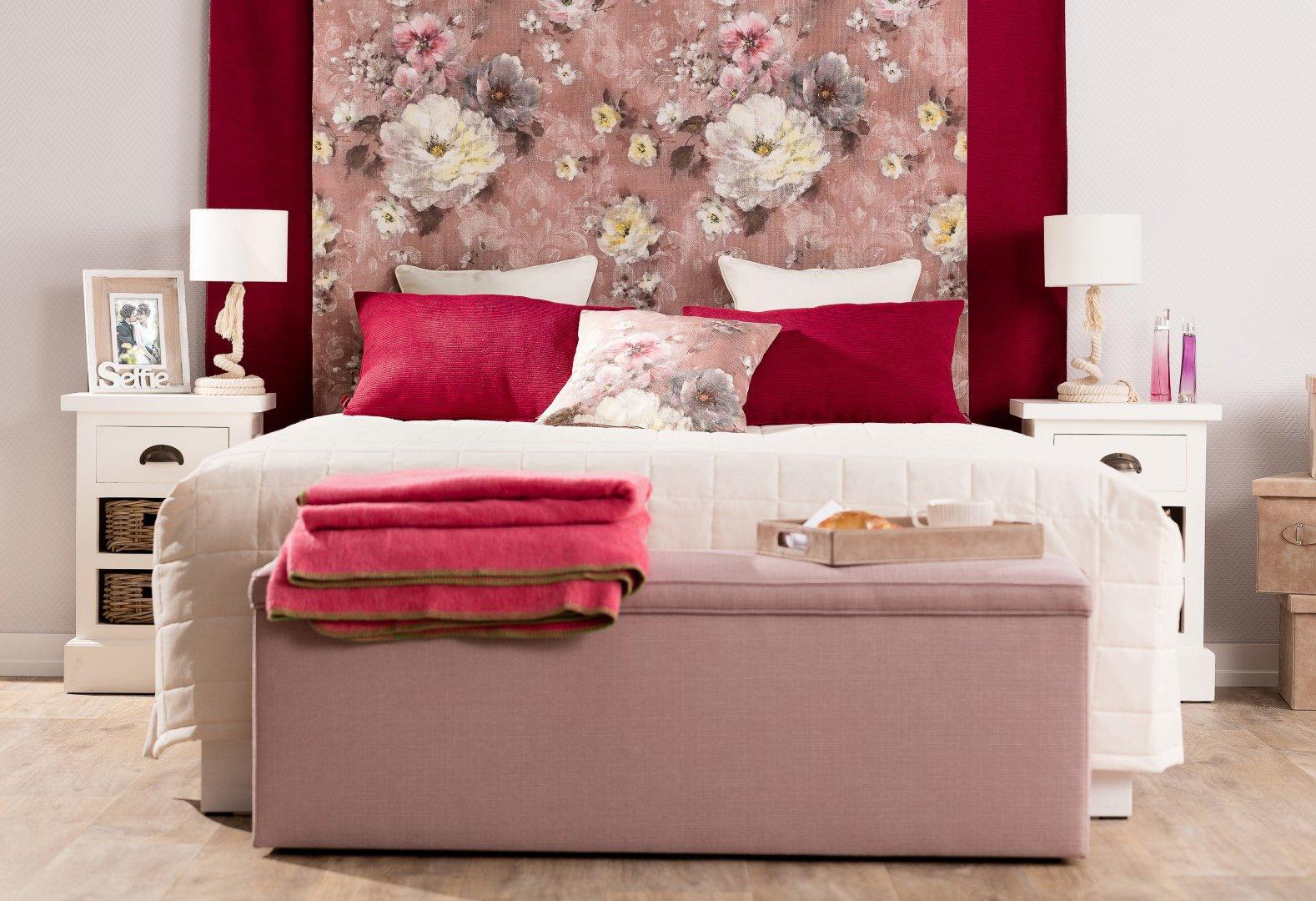 Hálószoba Romantika virágokkal
