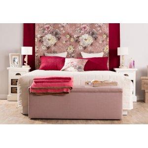 Romanrisches Schlafzimmer