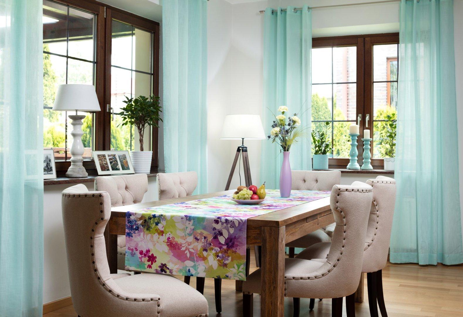Jídlena v pastelech - látky Monet