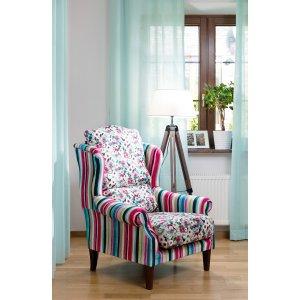Romantyczny salon- fotel w roli głównej