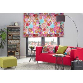 Obývačka plná farieb