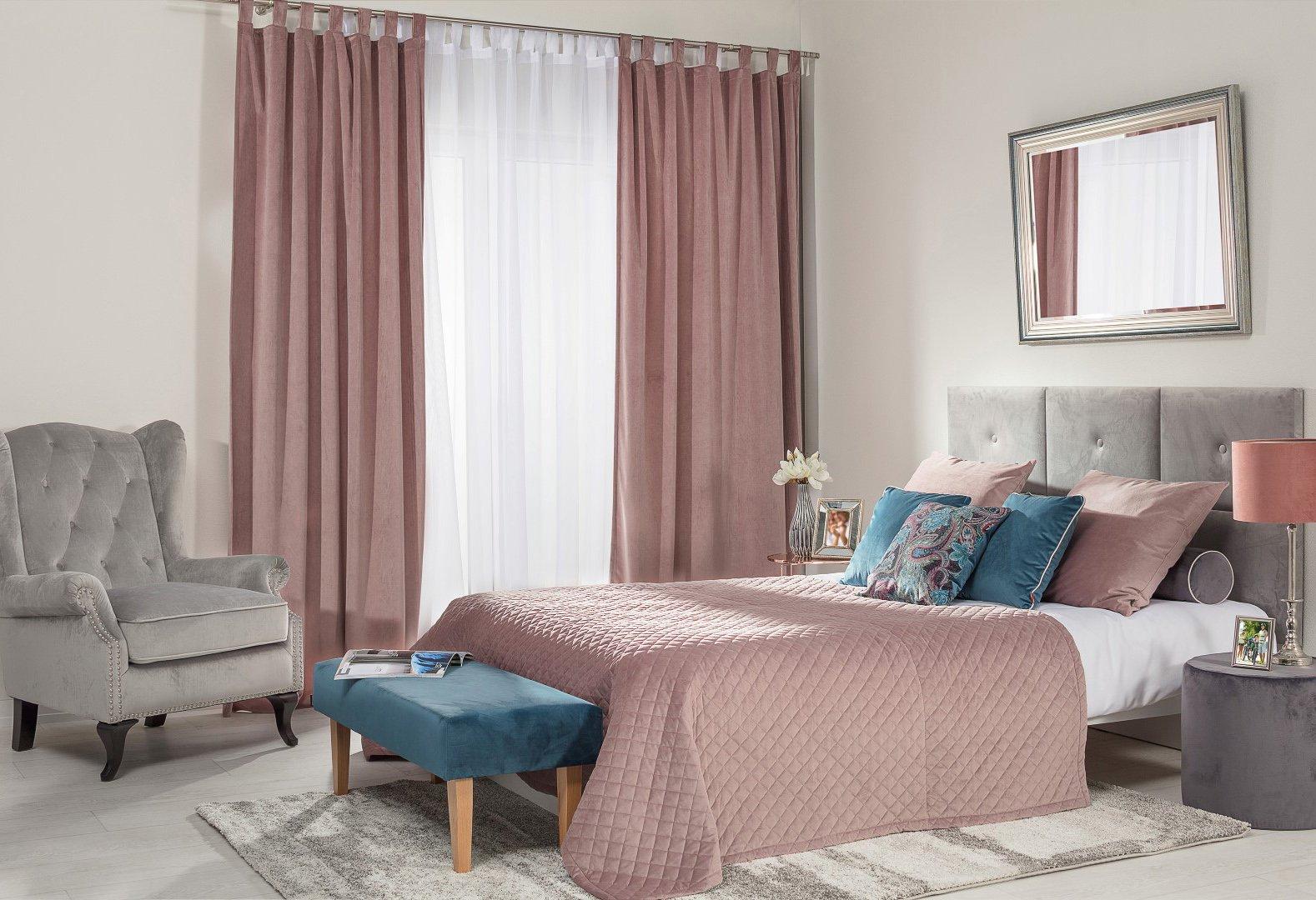 Bedroom Blush Velvet
