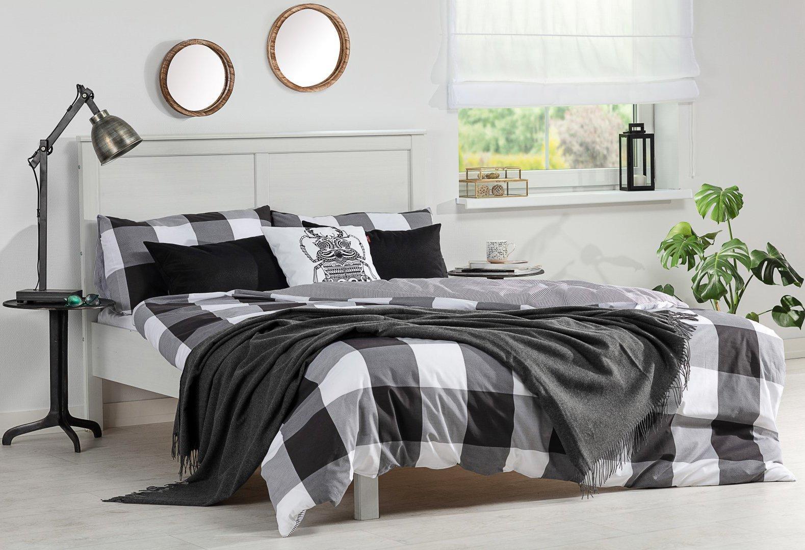 Bedroom Black&White