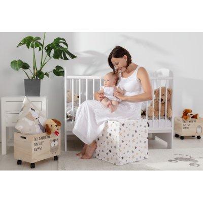 Jasny pokój niemowlaka