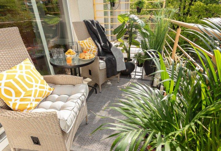 Komfort i relaks na balkonie