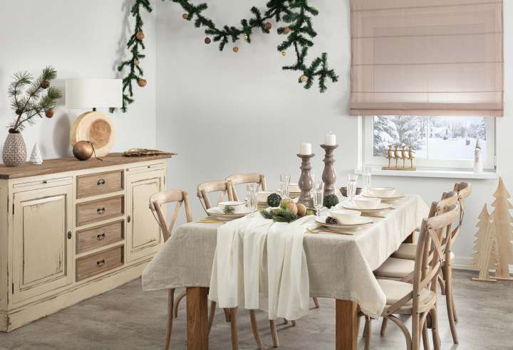 Beige & Gold Christmas