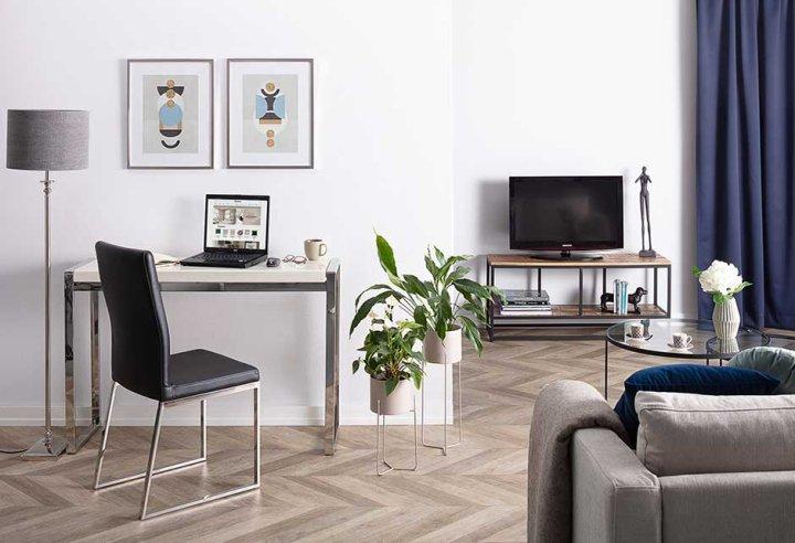 Elegant&minimalist office