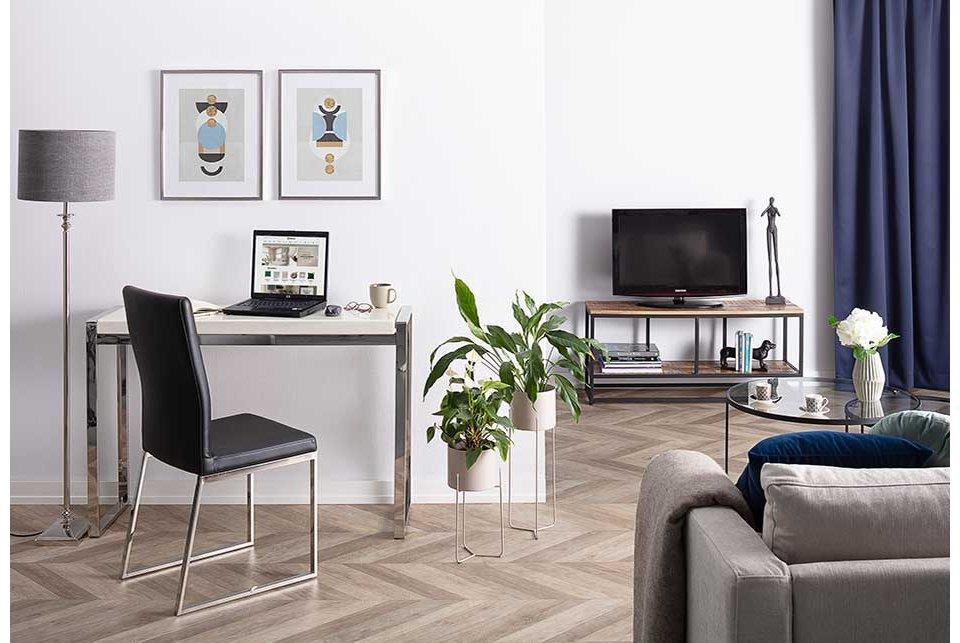 Elegant & Minimalist Office